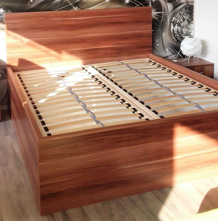 Manželská posteľ Slivka